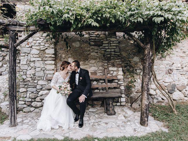 Il matrimonio di Simone e Claudia a Viggiù, Varese 20