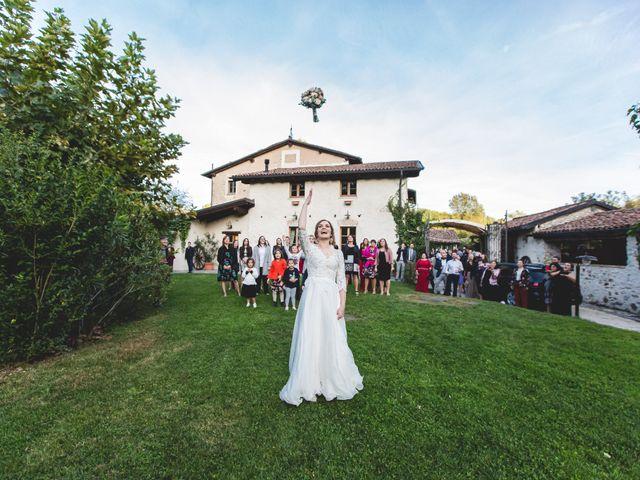 Il matrimonio di Simone e Claudia a Viggiù, Varese 24