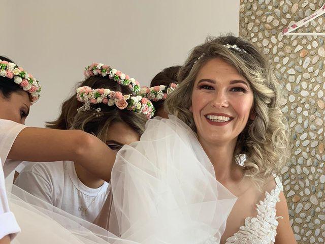 Il matrimonio di Iustin  e Liliana  a Montepulciano, Siena 32