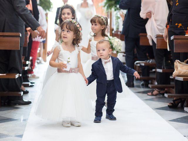 Il matrimonio di Antonio e Moira a Caserta, Caserta 18