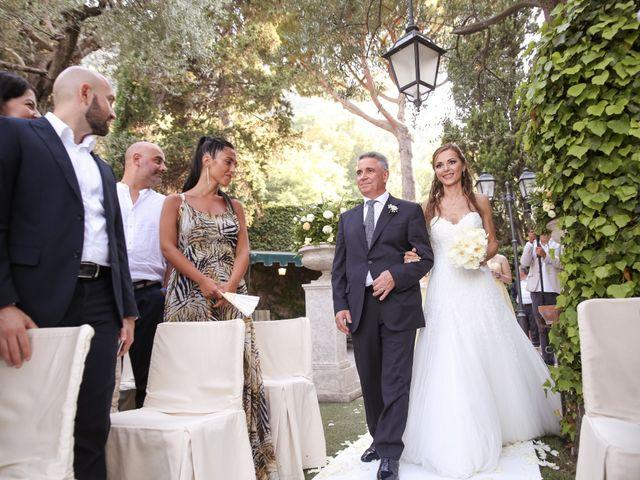 Il matrimonio di Raffaele e Viviana a Castellammare di Stabia, Napoli 13
