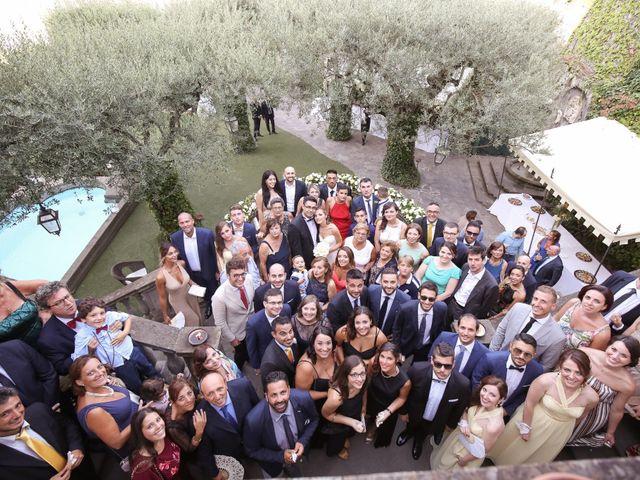 Il matrimonio di Raffaele e Viviana a Castellammare di Stabia, Napoli 18
