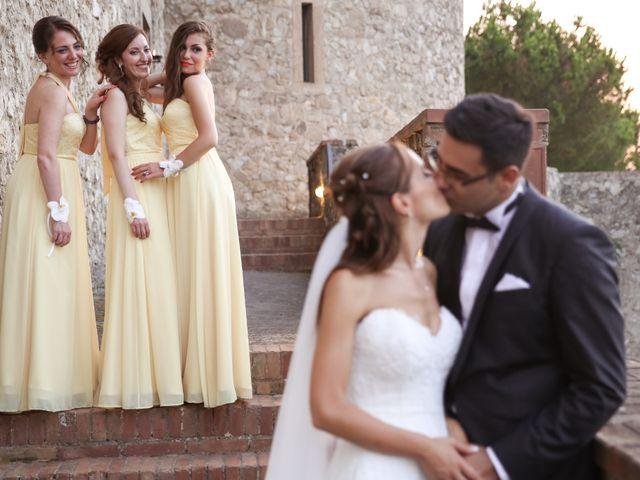 Il matrimonio di Raffaele e Viviana a Castellammare di Stabia, Napoli 25