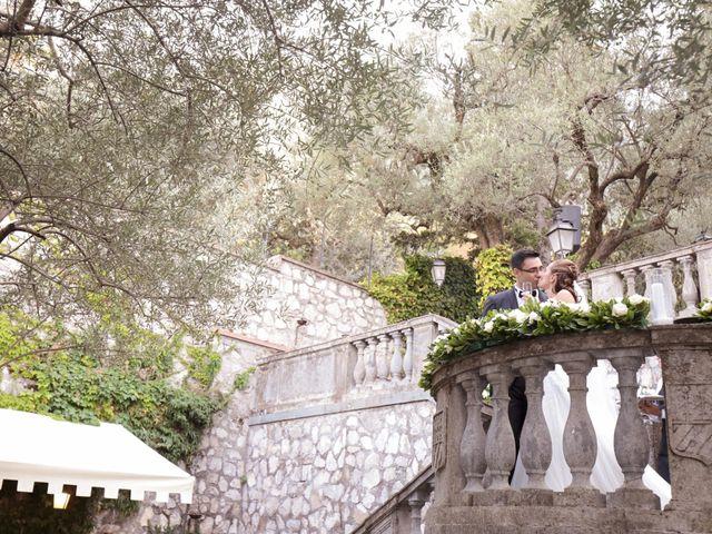 Il matrimonio di Raffaele e Viviana a Castellammare di Stabia, Napoli 26