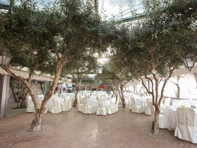Il matrimonio di Raffaele e Viviana a Castellammare di Stabia, Napoli 28