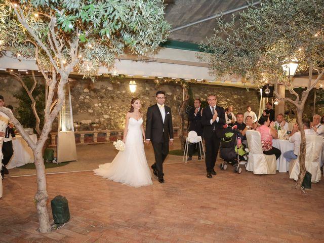 Il matrimonio di Raffaele e Viviana a Castellammare di Stabia, Napoli 1