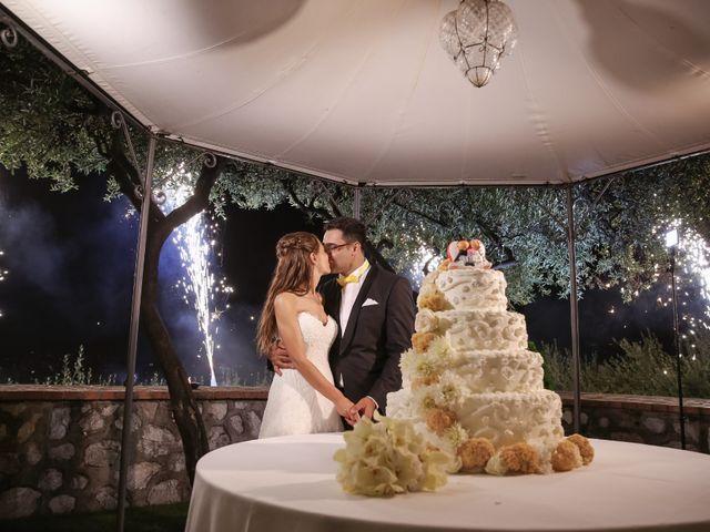 Il matrimonio di Raffaele e Viviana a Castellammare di Stabia, Napoli 33