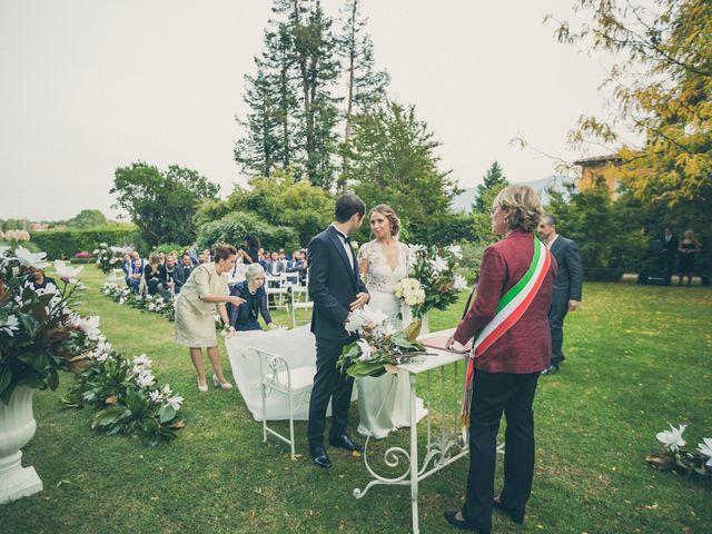 Il matrimonio di Jonathan e Chiara a Lucca, Lucca 15