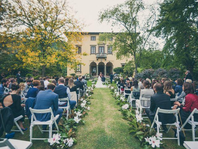 Il matrimonio di Jonathan e Chiara a Lucca, Lucca 17