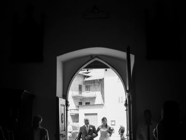 Il matrimonio di Carlo e Michela a Mezzana, Trento 14