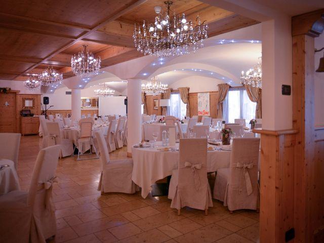 Il matrimonio di Carlo e Michela a Mezzana, Trento 33