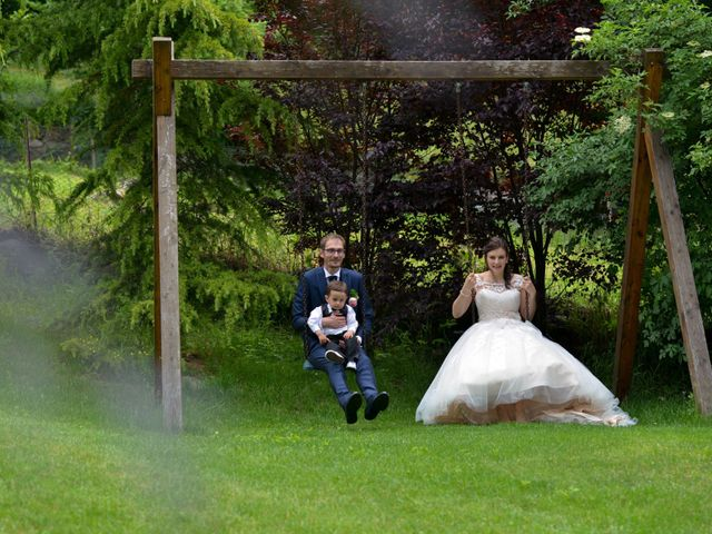 Il matrimonio di Carlo e Michela a Mezzana, Trento 36