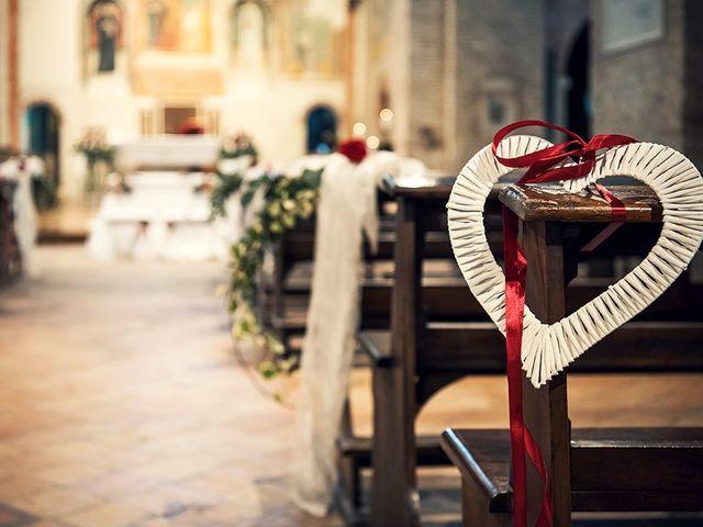 Il matrimonio di Luca e Valentina a Tolentino, Macerata 13