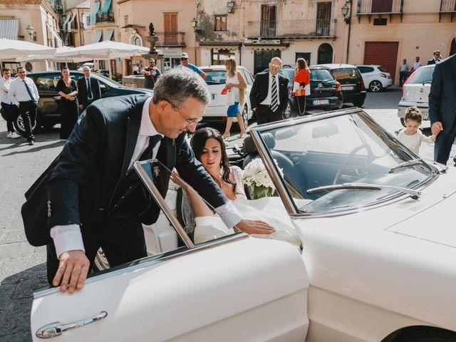 Il matrimonio di Nicoletta e Gaicomo a Castelbuono, Palermo 24