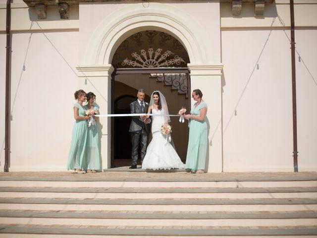 Il matrimonio di Nicola e Angela a Cirò Marina, Crotone 14