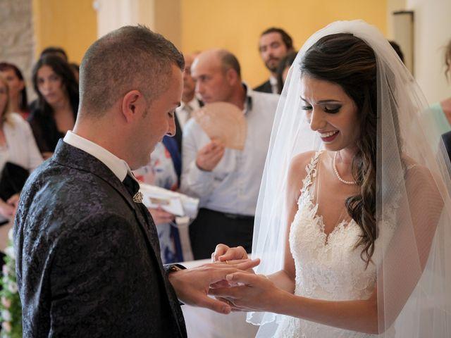 Il matrimonio di Nicola e Angela a Cirò Marina, Crotone 23