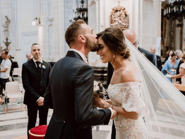 Il matrimonio di Roberta e Vincenzo a Ragusa, Ragusa 27