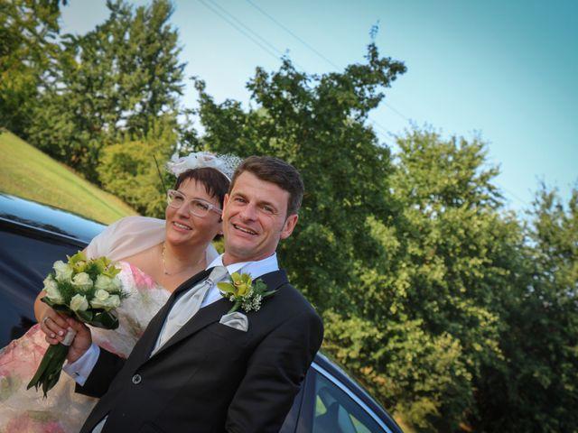 Il matrimonio di Simone e Stefania a Castel San Pietro Terme, Bologna 30