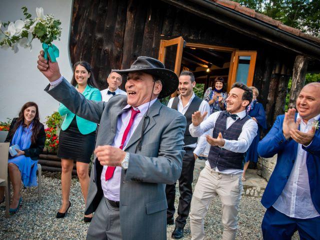 Il matrimonio di Maurizio e Valentina a Momo, Novara 38
