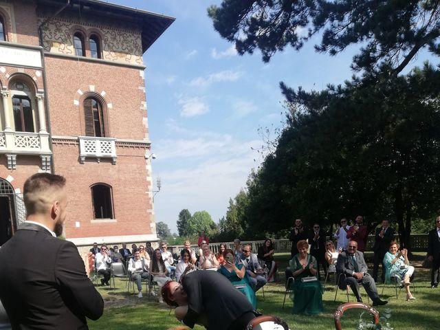Il matrimonio di Roberto e Samantha a Samarate, Varese 15