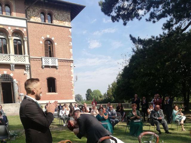 Il matrimonio di Roberto e Samantha a Samarate, Varese 16