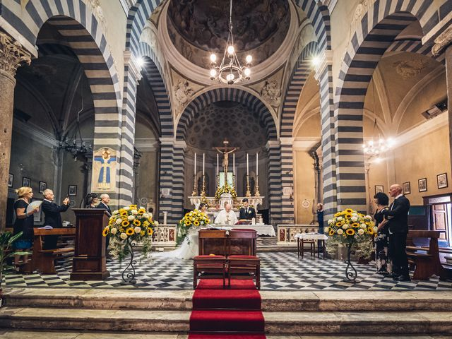 Il matrimonio di Elisa e Jonathan a Palaia, Pisa 16