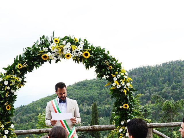 Il matrimonio di Leonardo e Lucia a Poppi, Arezzo 17
