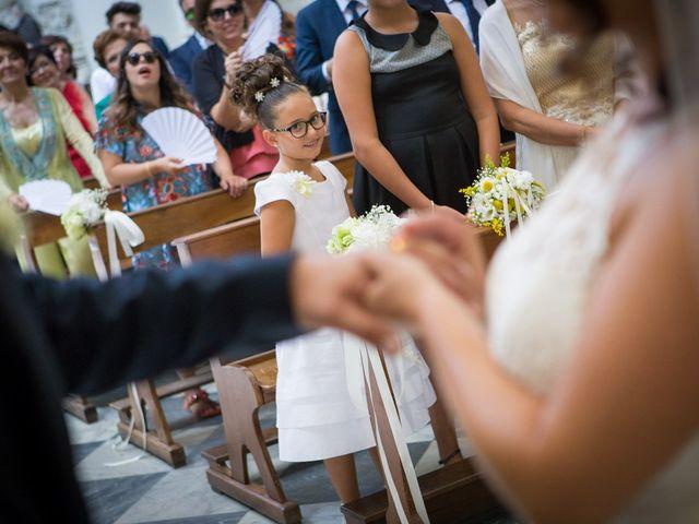 Il matrimonio di Ivan e Elisabeth a Lecce, Lecce 32