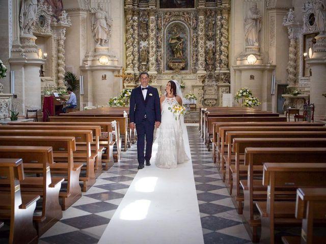 Il matrimonio di Ivan e Elisabeth a Lecce, Lecce 34