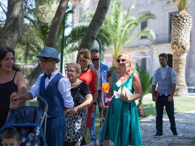 Il matrimonio di Ivan e Elisabeth a Lecce, Lecce 51