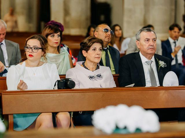 Il matrimonio di Antonio e Giada a Lucera, Foggia 33