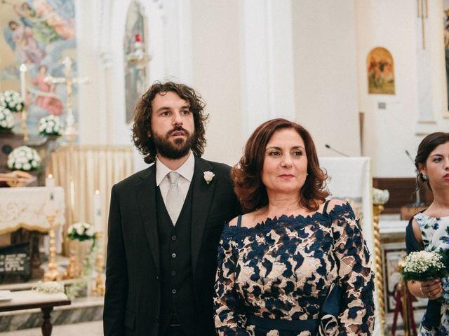 Il matrimonio di Antonio e Tiziana a Pietrelcina, Benevento 14