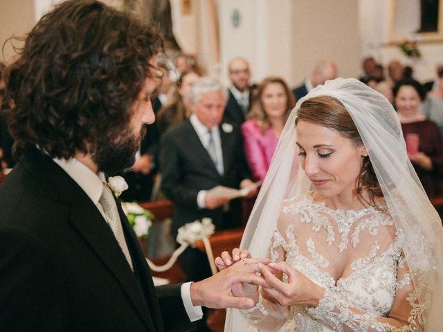 Il matrimonio di Antonio e Tiziana a Pietrelcina, Benevento 17