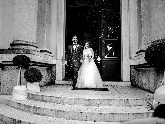 Il matrimonio di Mattia e Angela a Verona, Verona 19