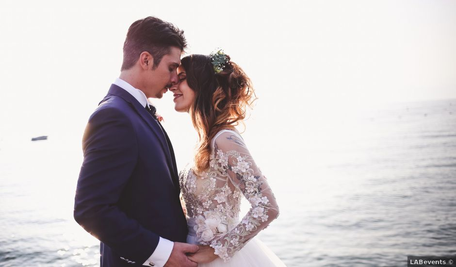Il matrimonio di Andrew e Cindy a Lazise, Verona