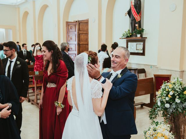 Il matrimonio di Salvatore e Francesca a Barcellona Pozzo di Gotto, Messina 17