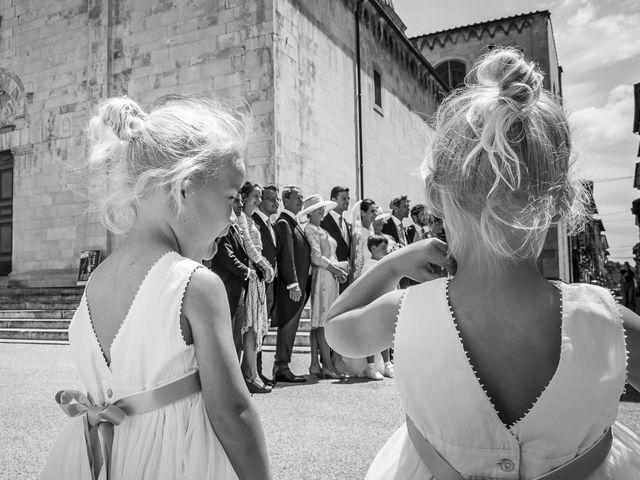 Il matrimonio di Guillaume e Aurore a Lucca, Lucca 20