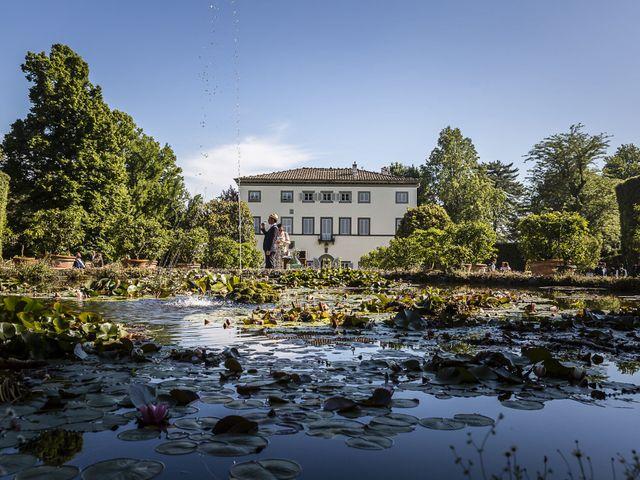 Il matrimonio di Guillaume e Aurore a Lucca, Lucca 27