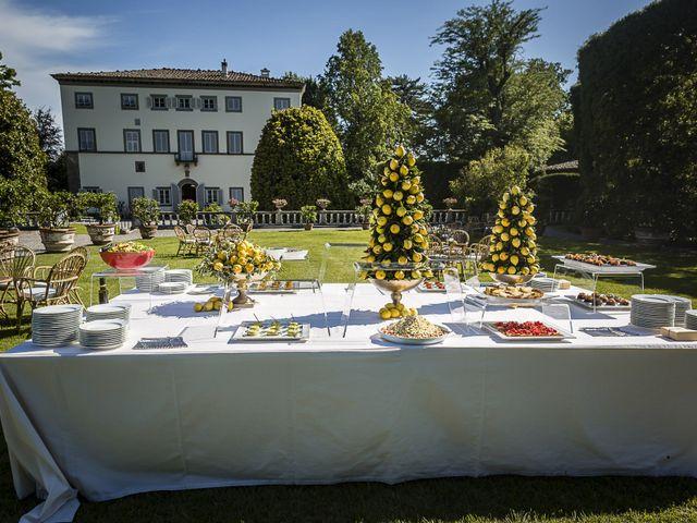 Il matrimonio di Guillaume e Aurore a Lucca, Lucca 29
