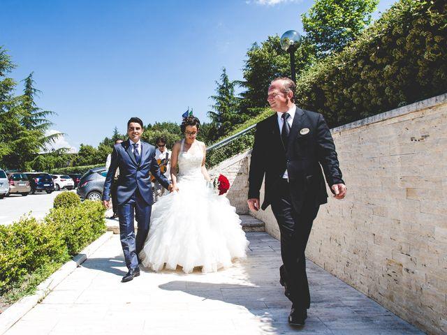 Il matrimonio di Manuel e Mariarita a Castelpetroso, Isernia 18