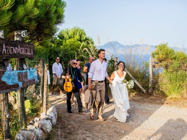 Il matrimonio di Michael e Luana a Salento, Salerno 35