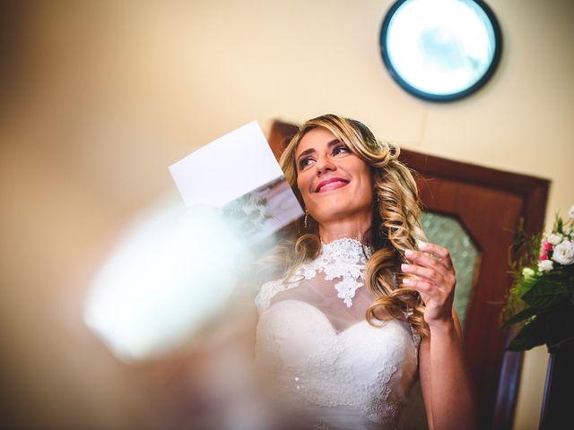 Il matrimonio di Vincenzo e Pina a Pozzuoli, Napoli 23