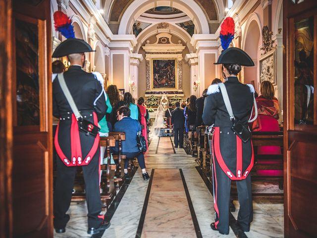Il matrimonio di Vincenzo e Pina a Pozzuoli, Napoli 30