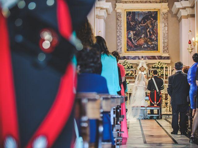 Il matrimonio di Vincenzo e Pina a Pozzuoli, Napoli 32