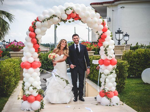 Il matrimonio di Vincenzo e Pina a Pozzuoli, Napoli 55