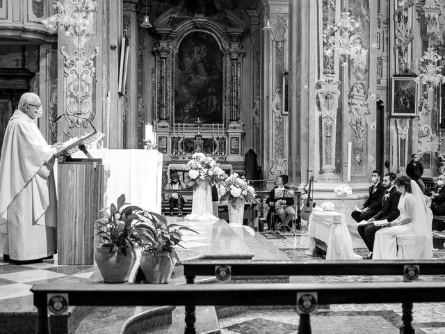 Il matrimonio di Paolo e Greta a Sale Marasino, Brescia 17