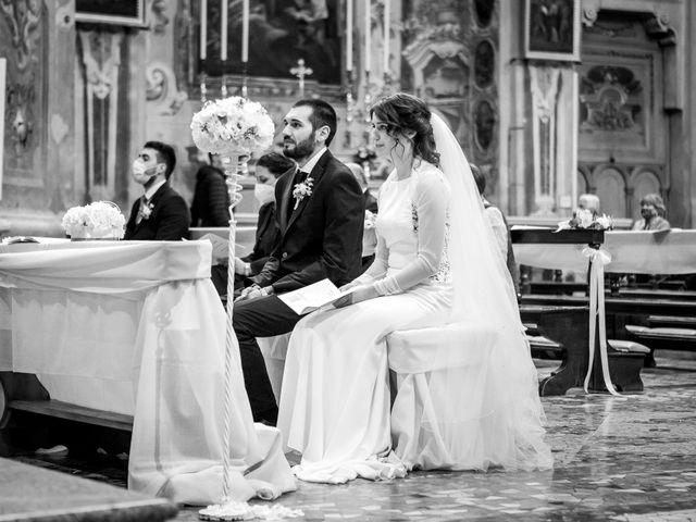 Il matrimonio di Paolo e Greta a Sale Marasino, Brescia 19