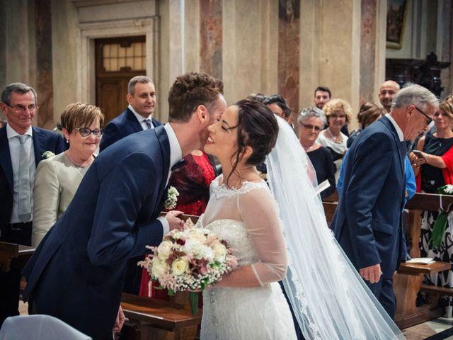 Il matrimonio di Andrea e Simona a Vergiate, Varese 23