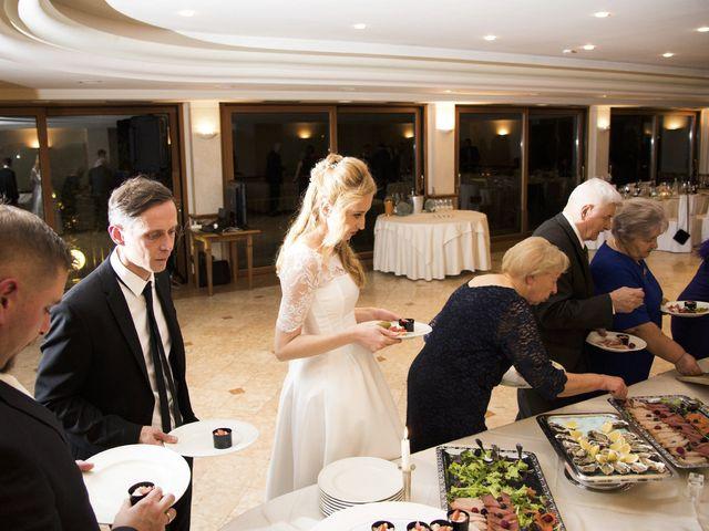 Il matrimonio di Joani e Dariuz a Fonteno, Bergamo 23