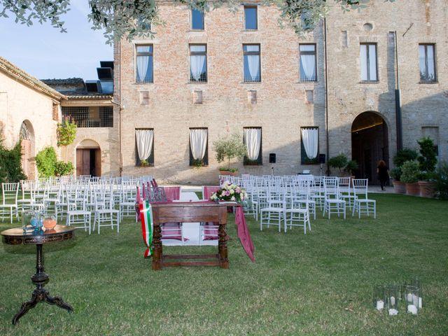 Il matrimonio di Cristian e Marika a Montefano, Macerata 5